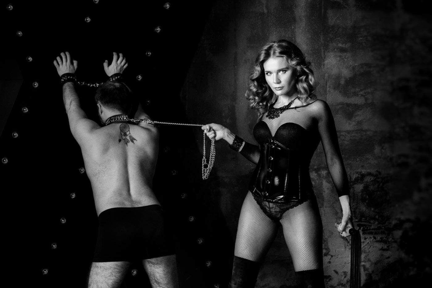 Госпожа БДСМ и раб